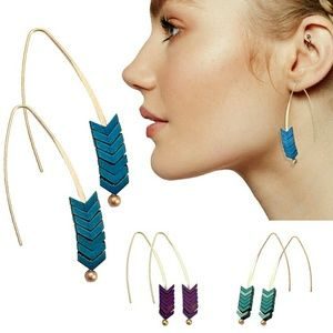 The Boho Arrow dangle drop earring blue & purple